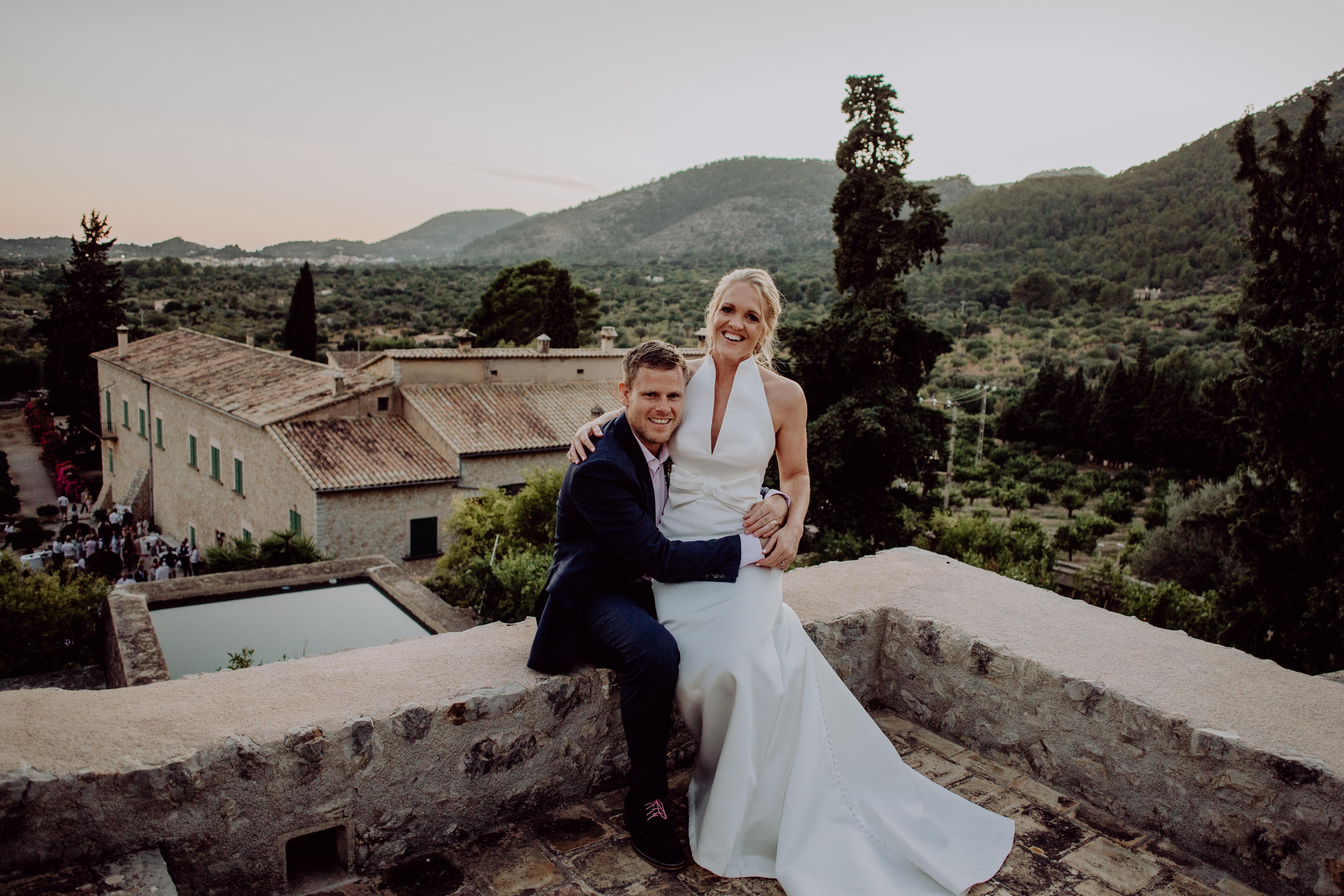 Megan married her love in Jesus Peiro